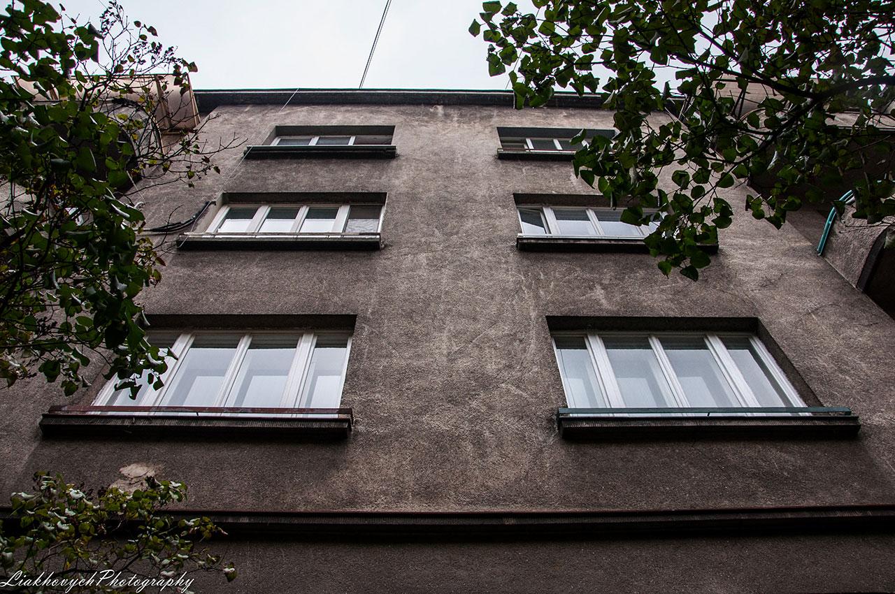 Житловий будинок на вул. Глибока, 13