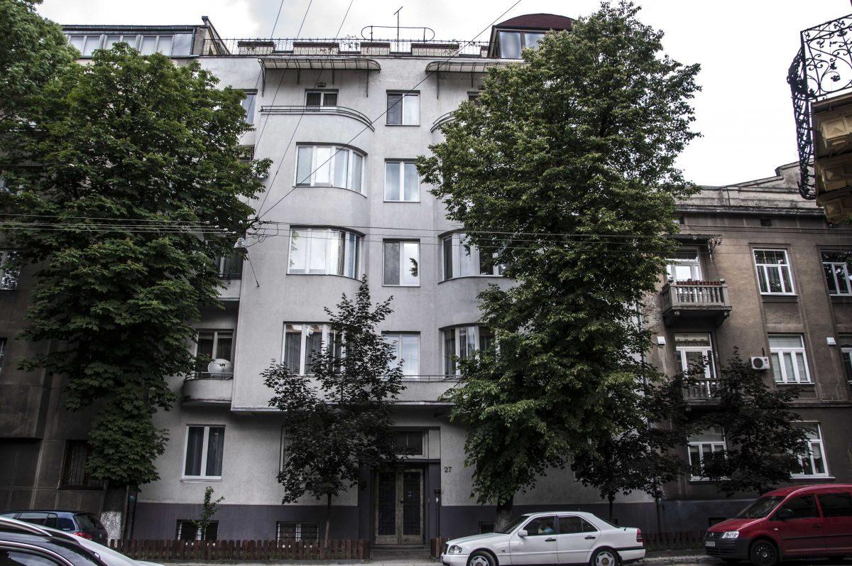 вул. Костя Левицького, 27