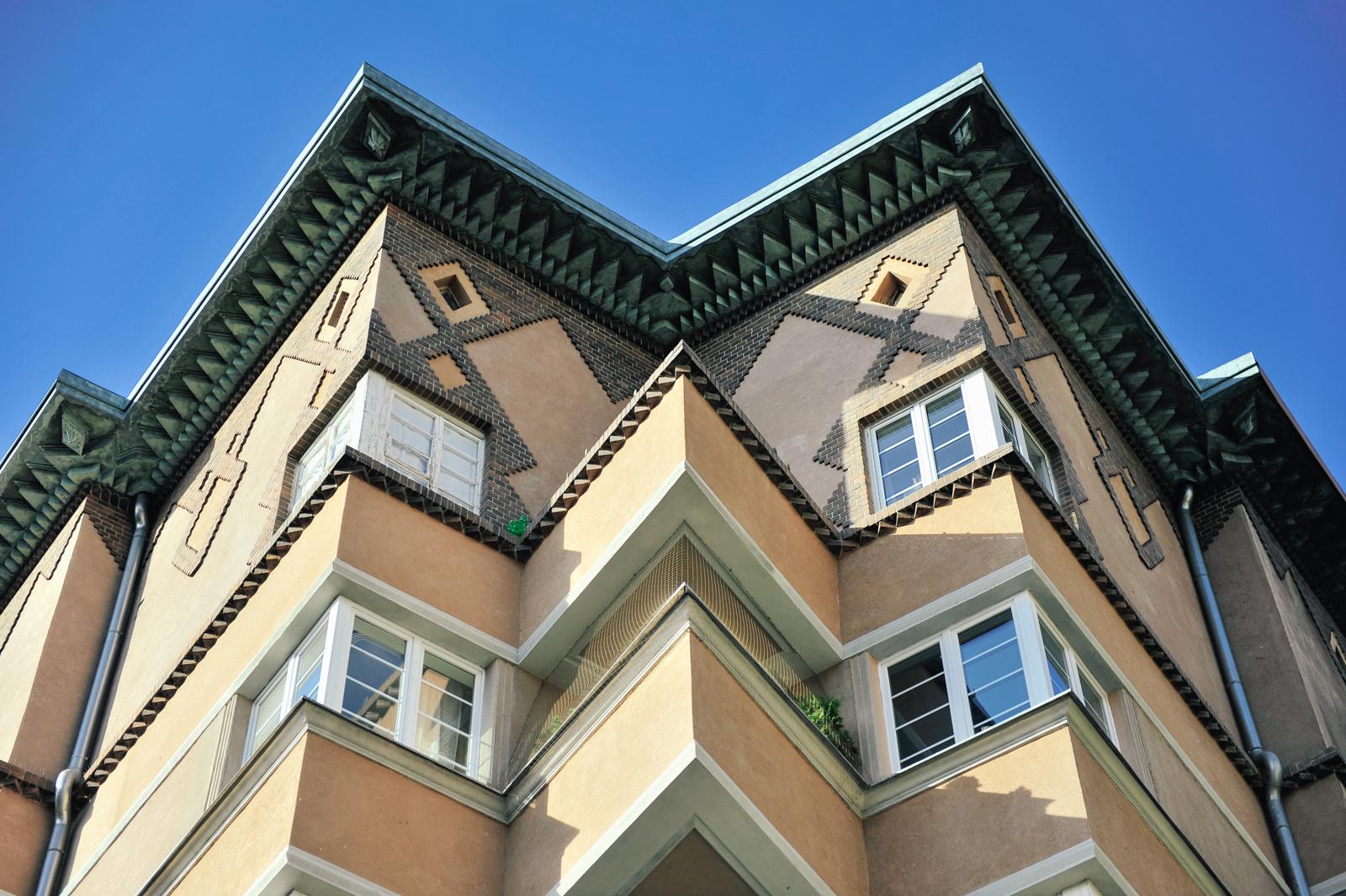 Житловий будинок, Краків, Польща. Ар деко з експресіонізмом