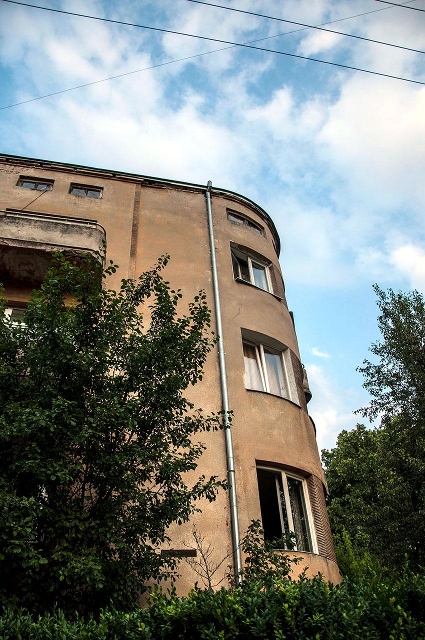 вул. Корольова, 3