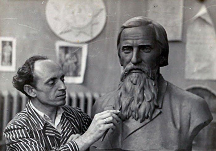 Євген Дзиндра