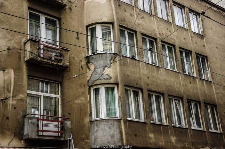 вул. Гнатюка, 4