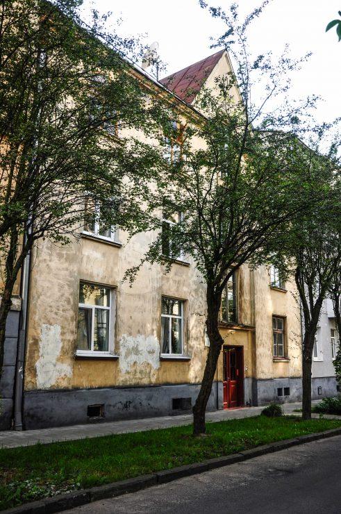 вул. Карпатська, 3