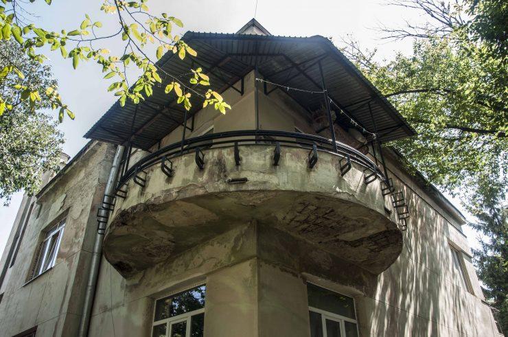 вул. Самчука, 3