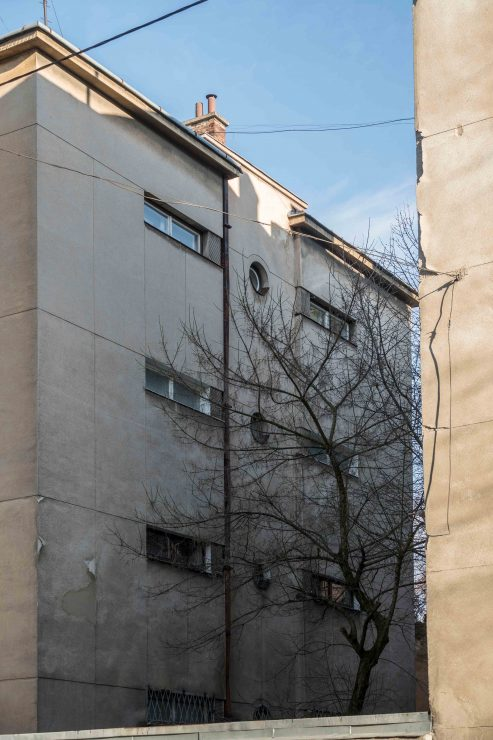 вул. Рильського, 4